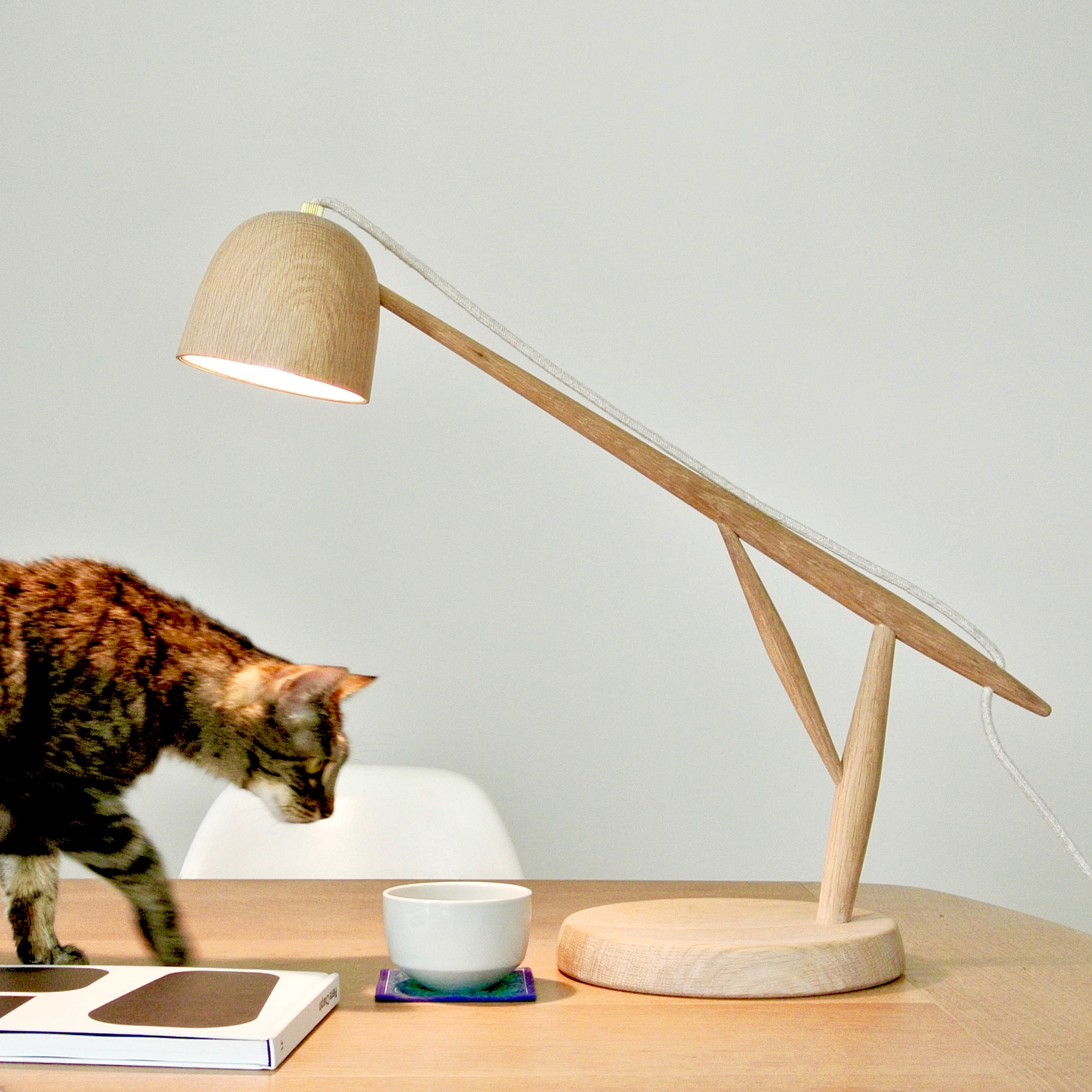 desk rpisite crowdyhouse com concrete onsingularity lamp small lamps